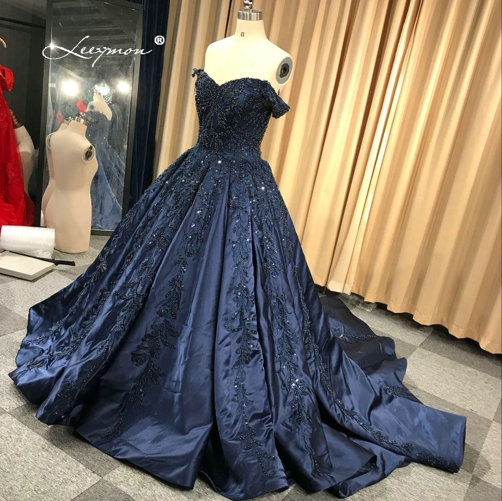 Купить с кэшбэком Leeymon 2020 Wedding Dress Appliques Beaded Vintage Satin Ball Gown Lace Up Wedding Gown Dress Floor-Length Real Pictures