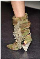 Пикантные ботинки до середины икры для Для женщин Спайк Ботинки на высоких каблуках с бахромой кожа Осенне зимние ботинки для женщин женски