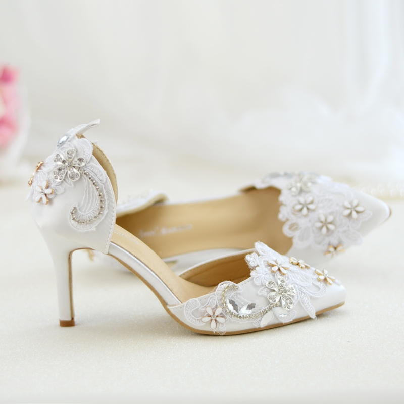 Female Sandals White Lace Metal Flowers Women s Shoes Wedding 2018 Autumn  New Style Bridal Pointed Toe da7c7253fb2f