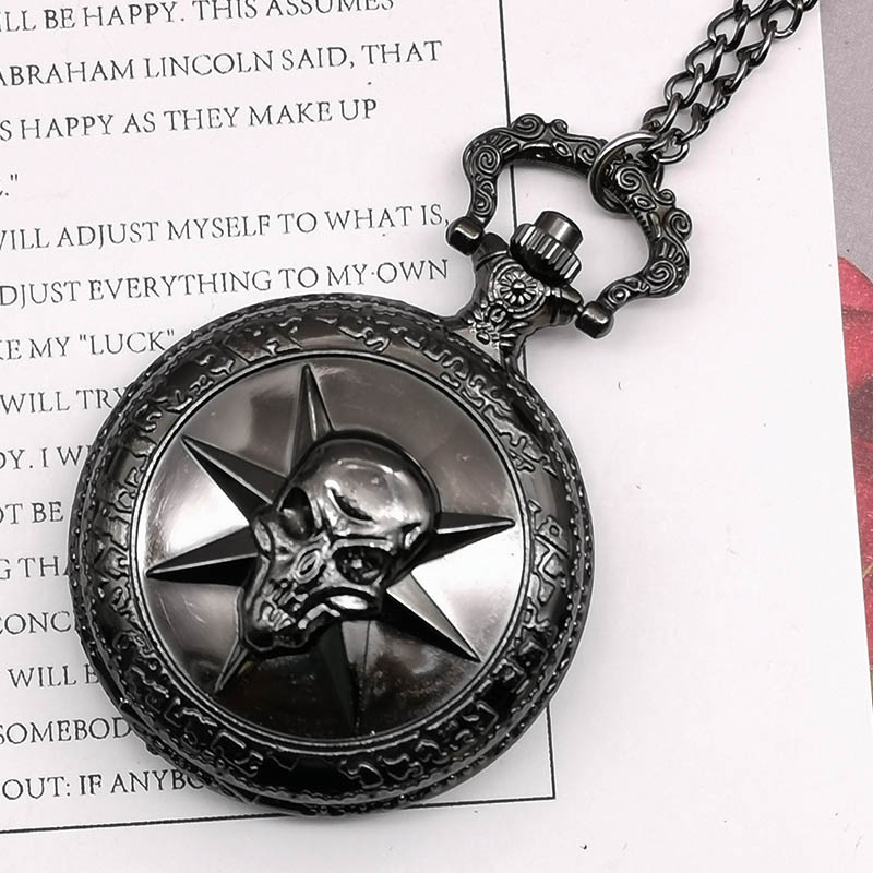 Fashion Black Quartz Pocket Watch Hollow Carribean Pirate Skull Head Horror With Chain Fob Watch For Men Women Drop Shipping