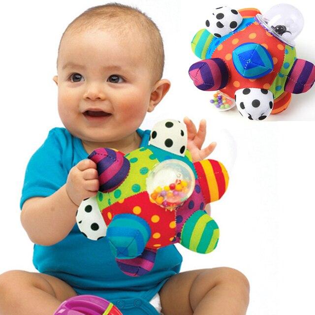Brinquedo do bebê do Divertimento Pumpy Bola de Pelúcia Bonito Pano Macio Mão Chocalhos Sino Treinamento Grasping Toy Capacidade Meninos Meninas Brinquedos Anel caçoa o Presente