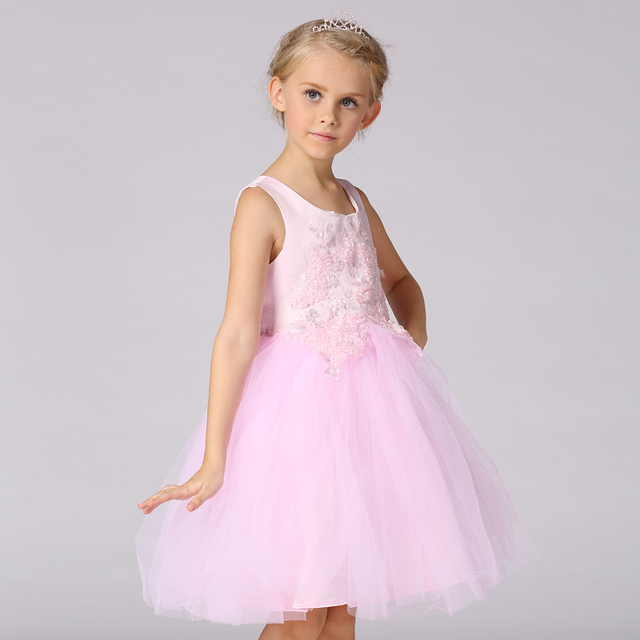 Wholesale Lace First Communion Dress Sweetheart Bow Beading     Wholesale Lace First Communion Dress Sweetheart Bow Beading Appliques  Evening Gowns Kids Prom Dresses Free DHL