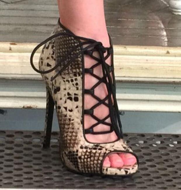 Lace-up peep toe snakeskin stiletto heel women ankle boots fashion cutouts high heel booties party dress shoes woman size 34 to недорго, оригинальная цена