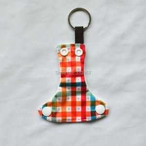 Image 5 - [Sigzagor]50 Leuke Mini Tiny Doek Luier Sleutelhangers Sleutelhangers, Schattig, Baby Shower Gift, mama Gift Kerst Ornament,14 Keuzes