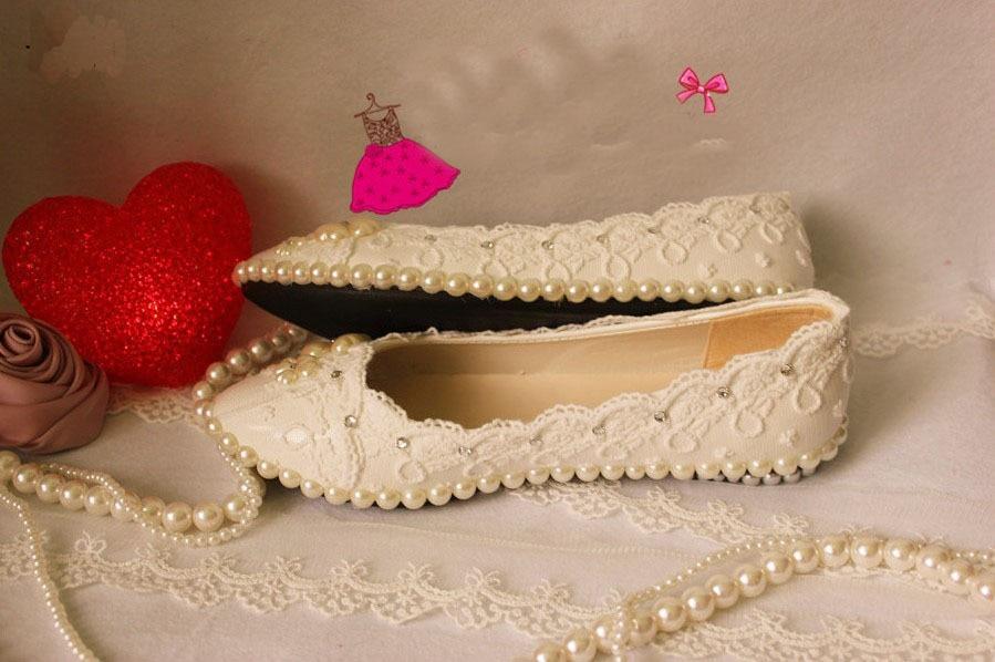 ФОТО Gorgeous imitation pearl deco lace platform flat princess dancing shoes sexy women wedding bridal dress shoes 2016 Free Shipping