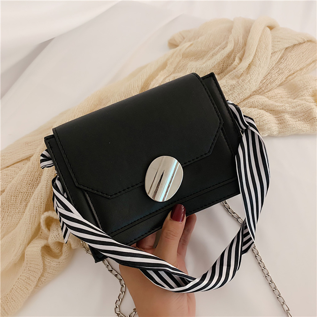 Women Chain Shoulder Bags Solid Color Simple Crossbody Bag For Women Messenger Bag Wild Casual Shopping Ladies Small Square Bags