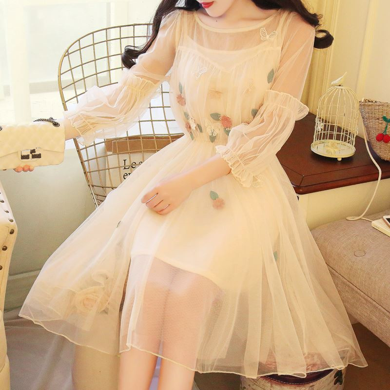 3 Colors 2018 Summer Women Girly A-Line Lace Dress Princess 2 Pieces Floral Embroidery Lantern Sleeve Mesh Dresses