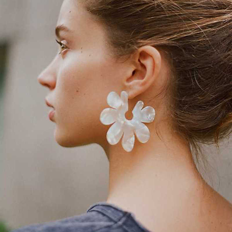 Fashion Bohemian Colorful Big Leaf Statement Earrings Vintage Leaves Shape Acrylic Stud Earring Wedding Ethnic Jewelry Gift