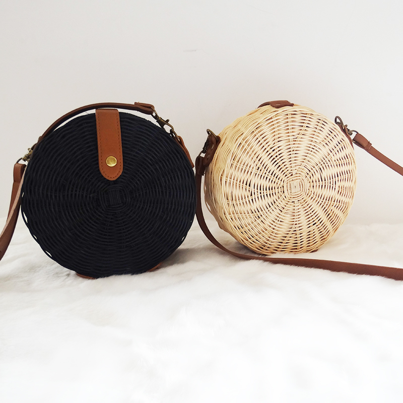 Ins Round Straw Bags for Women Beach Bali Rattan Handbag Small Circle Lady Vintage Crossbody Handmade Kintted Shoulder Bags 2018