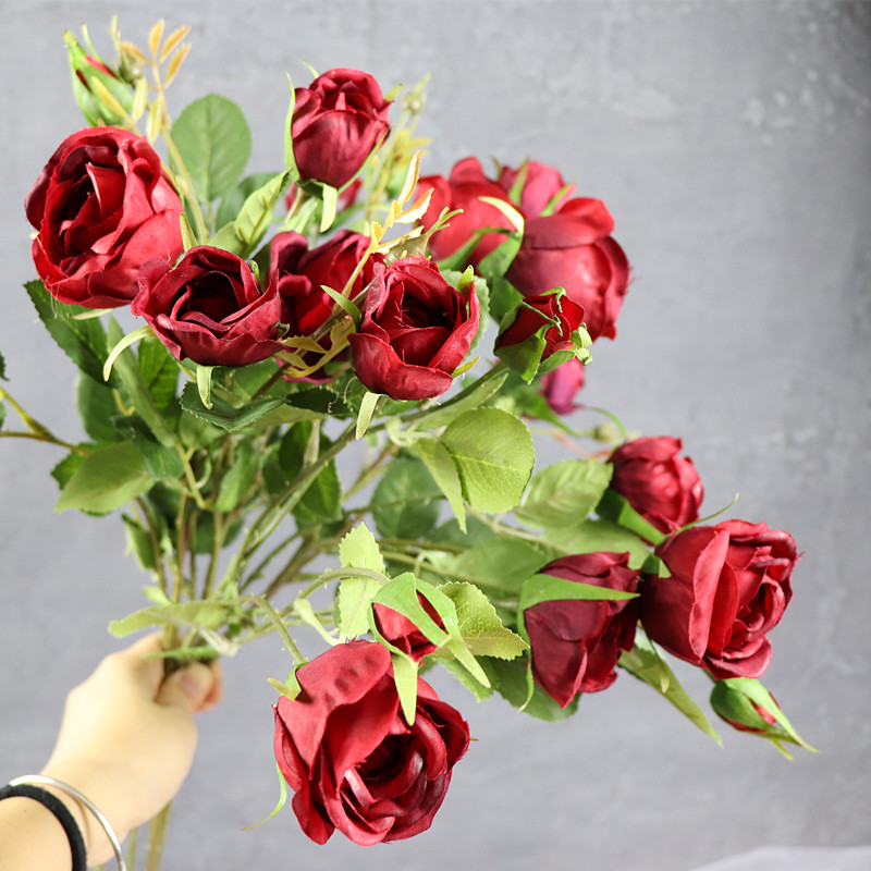 5 Köpfe Red Rose Spray Tabelle Dekorative Rose Blumen Künstliche - Partyartikel und Dekoration - Foto 3