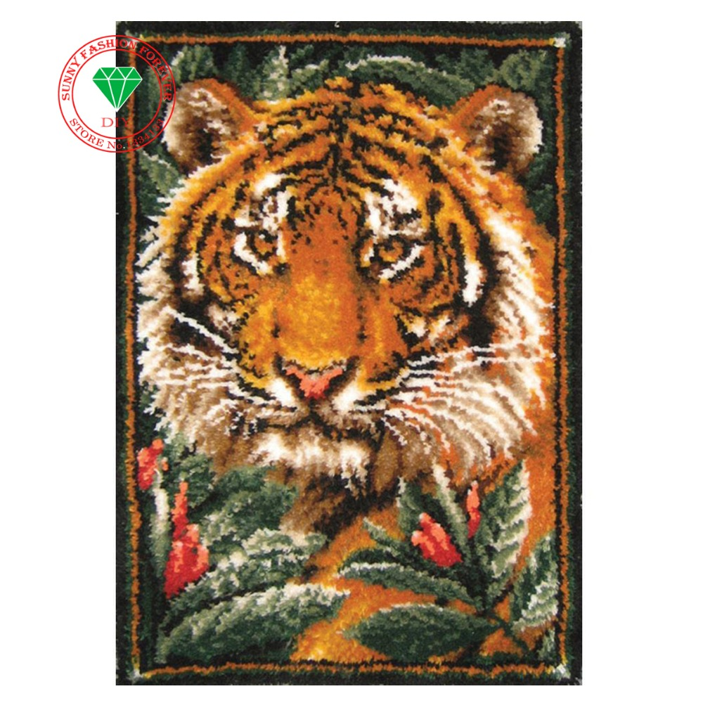 Carpet embroidery DIY Mat Needlework Kit Latch Hook Rug Kit Crocheting Rug Yarn Cushion Embroidery Carpet Animal Tiger Picture