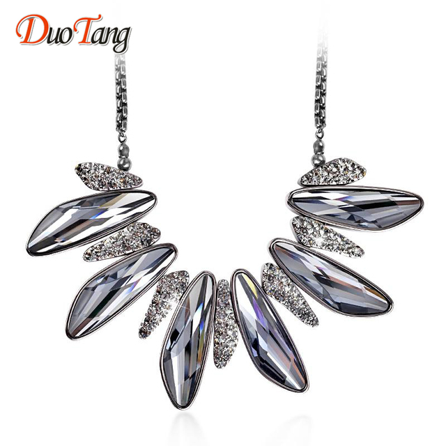DuoTang Top Quality Hyperbole Chokers Metal Chokers Necklaces Fashion Rhinestone Gray Crystal Necklaces Woman Jewelry Party Gift