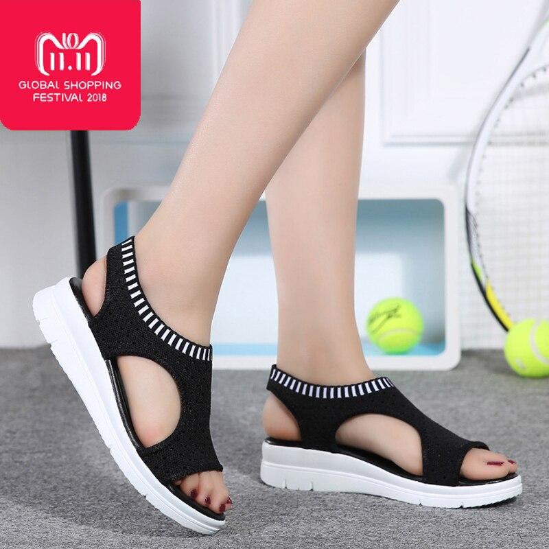 eb011337d Comprar Novo 2018 sandálias das mulheres plataforma sapatas do verão das  mulheres planas casuais sandálias respiráveis confortáveis sapatos de praia  tamanho ...