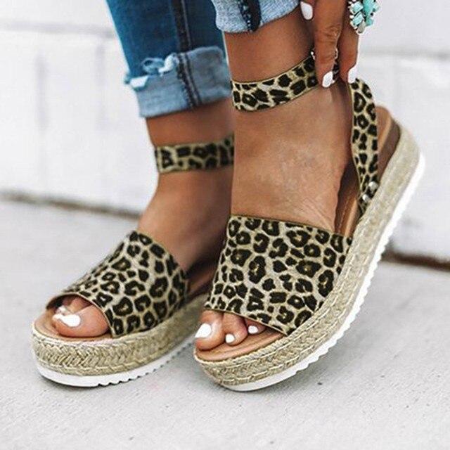 KLV/Брендовые женские босоножки Обувь Для женщин Летние сандалии Leopard Ретро Туфли с ремешком и пряжкой на танкетке открытый носок сандалии chaussures femme