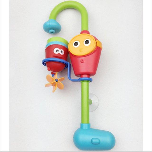 Venta caliente Favorito juguetes del baño del bebé juegan grifos/reforzado música aerosol de la ducha de agua de pulverización electrónica