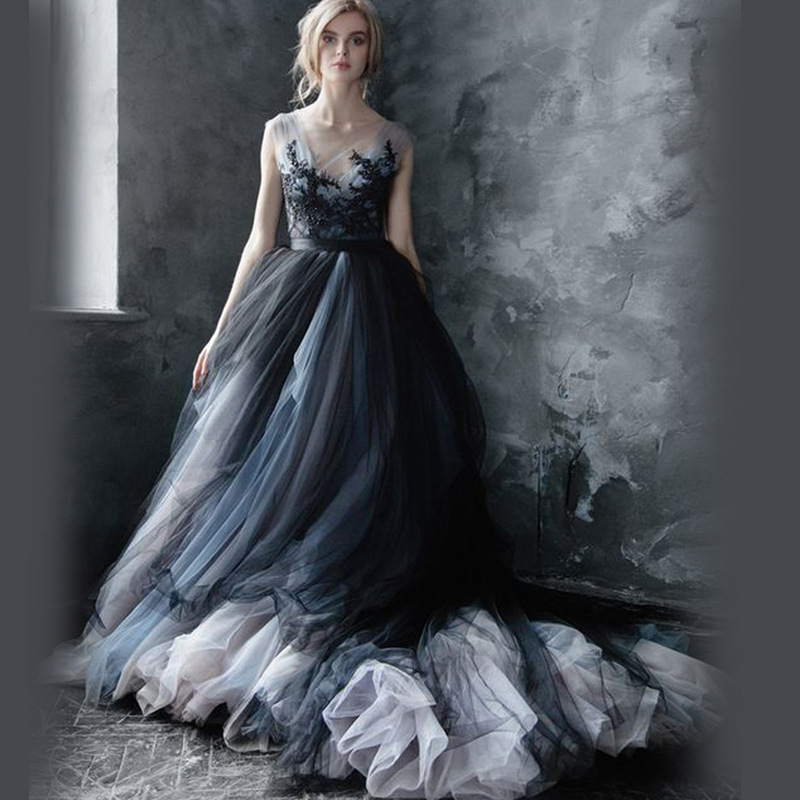 Gothic Black Lace Wedding Dress Long Ball Gown Bridal Gown: Gray Dresses Formal Abendkleid Long Elegant Gowns Tulle