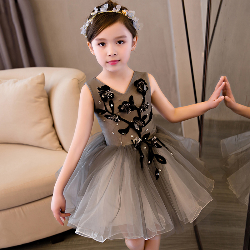 New Kids Pageant Evening Gowns 2018 Mesh Ball Gown Flower Girl Dresses For Weddings First Communion Vestidos For Girl S136New Kids Pageant Evening Gowns 2018 Mesh Ball Gown Flower Girl Dresses For Weddings First Communion Vestidos For Girl S136