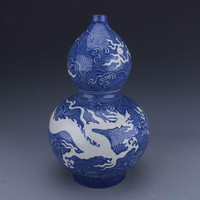 Traditional Chinese Antique Blue and White Ceramic Dragon Long Vase Collection Ming Vase