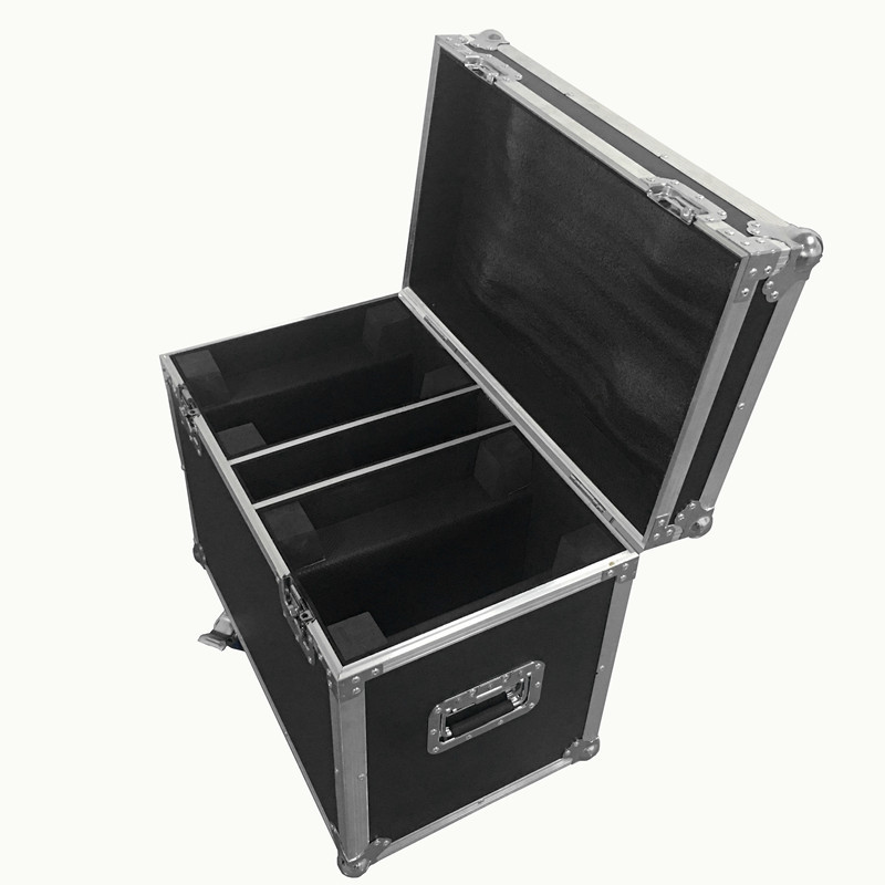 цена на Flight Case with 2 pieces LED Zoom Wash 36x18W RGBWA+UV Color DMX Stage Touch Screen,LED Moving Head Wash Light Good for DJ