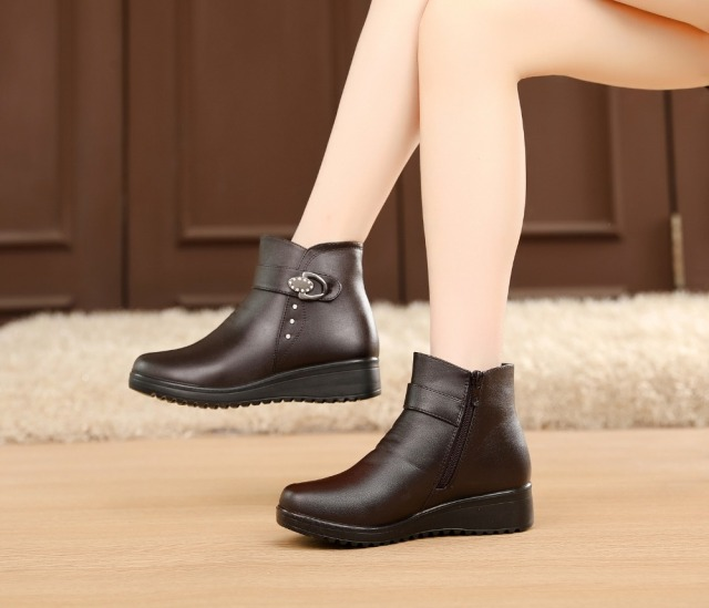 Women Leather Ankle Warm Non-slip Boots shoes Big Size 35-41
