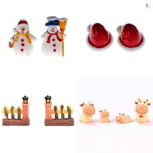 Mini Resin Christmas Hat Snowman Fence Door Cow Miniature Figurine Home Decoration Cartoon Statue Bonsai Ornaments Resin Craft(China)