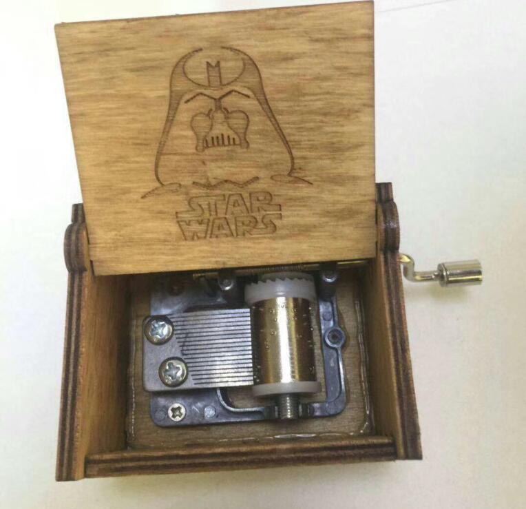Star wars mano di legno crank Star wars Music Box Star wars tema di Music Box di Legno giocattoli action figure