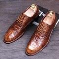 Los hombres de lujo de la boda vestido de fiesta del grano del cocodrilo zapatos de impresión de cuero genuino ata para arriba oxfords zapato de adolescentes zapatos de punto transpirable