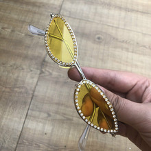 2019 Small Oval Shape Women Sunglasses Yellow Lens Metal Diamond Female Eyewear Cat Eye Red Sun Glasses UV400 Gafas de sol