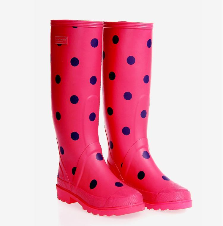 red polka dot rain boots   Gommap Blog