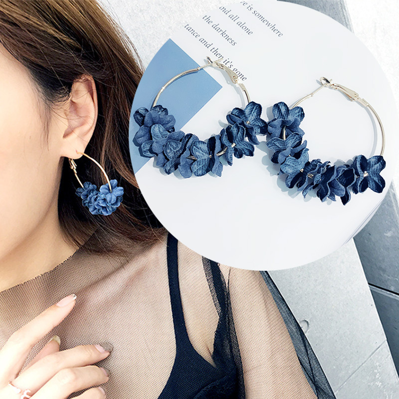 2018 New Elegant Fabric Flower Hoop Earrings Sweety Colourful Petal Bohemian Round Big Earrings Charm Brinco Drop Ship