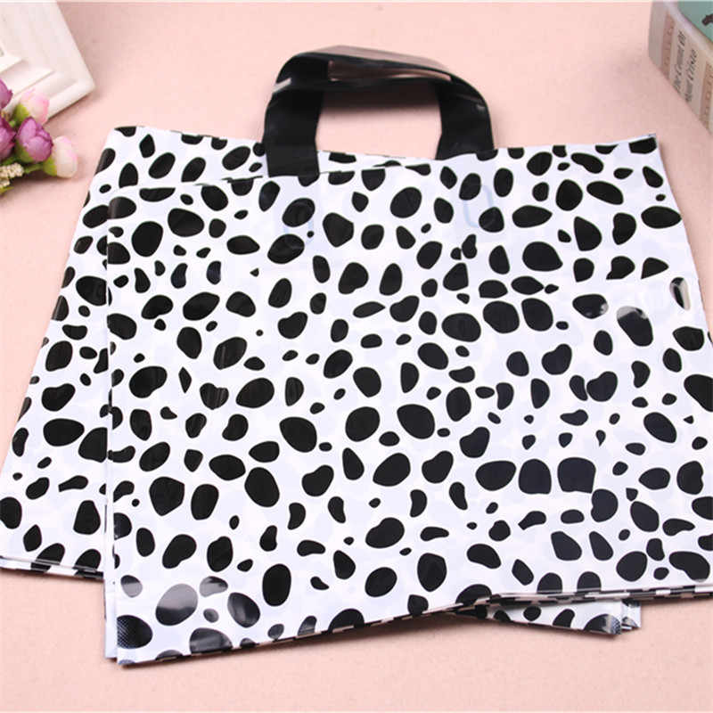 High-density Polythylene Eco-friendly Fashion Cow Pattern Packaging with Handles 10pcs/lot 29*35cm Luxury Large Tote Bags