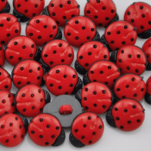 80 pcs  Red ladybug DIY Kids appliques/craft/sewing buttons PH64