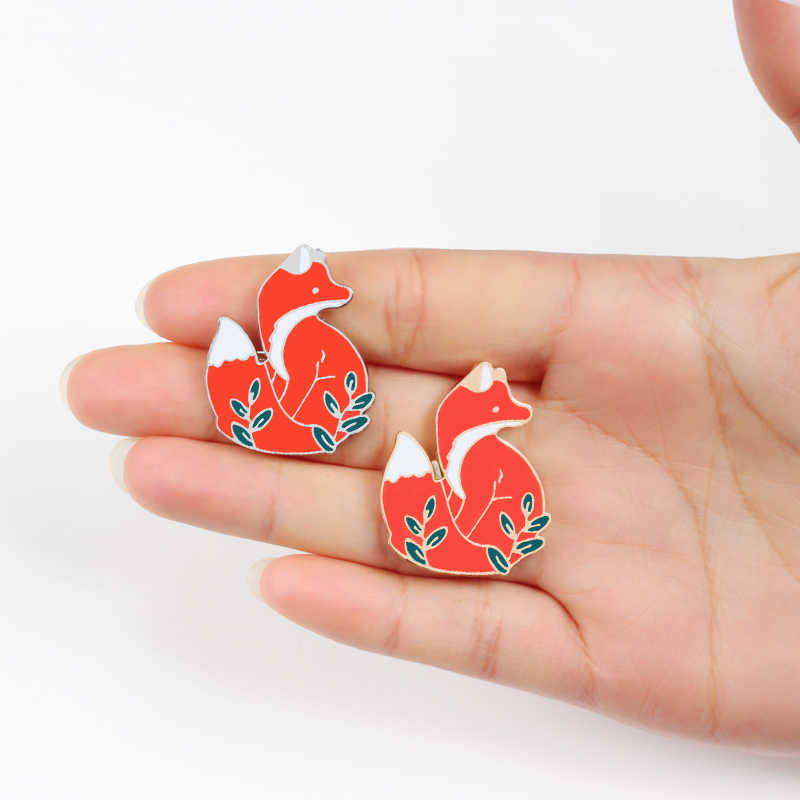 Gold silver Cute Animal Red Fox Badges Brooch Enamel Pins Button Icon Denim Jackets Lapel pin jewelry Brooches for kids friends