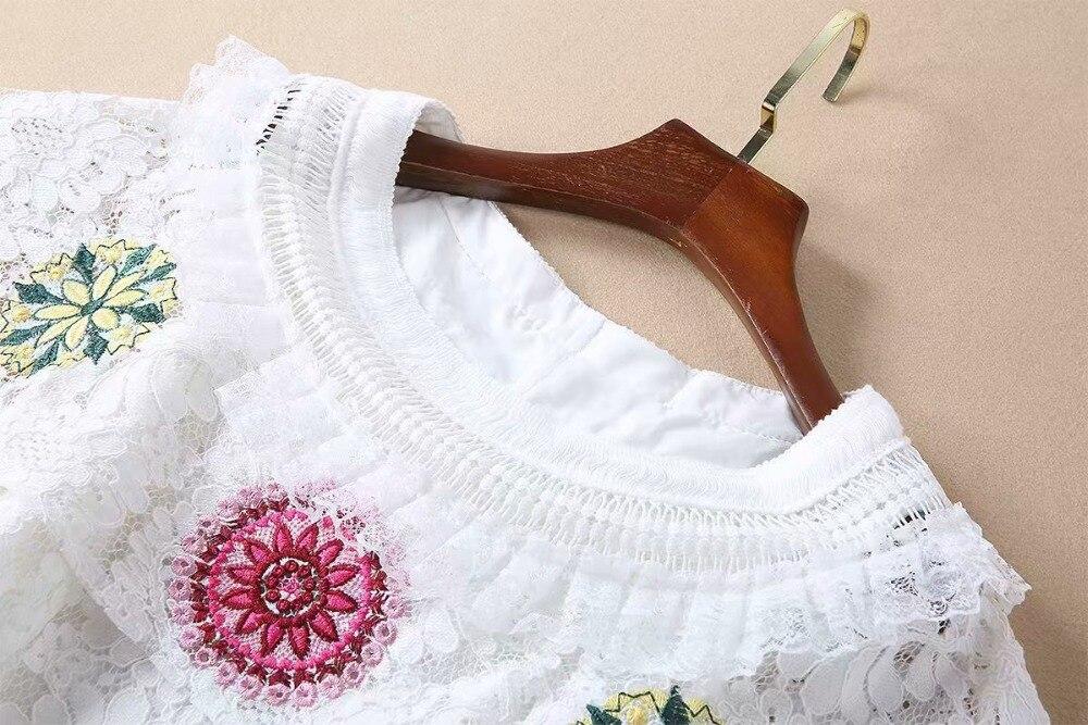 Blanche Américain De Bourgeon 2019 Nouveau Femmes Soie Et Broderie Mince Robe Falbala Style Européen Col Fleur Printemps qBYf0F0wxa