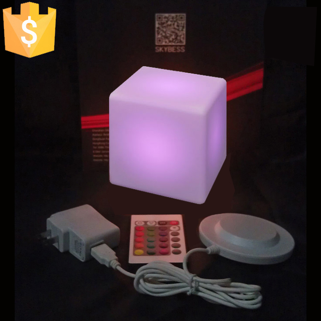 13cm led square night light glowing decorative led cube. Black Bedroom Furniture Sets. Home Design Ideas