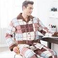 Homens-inverno de Algodão acolchoado jaqueta de Espessamento Pijama terno Da Moda popular Turn-down Collar tamanho Grande roupas Casa quente