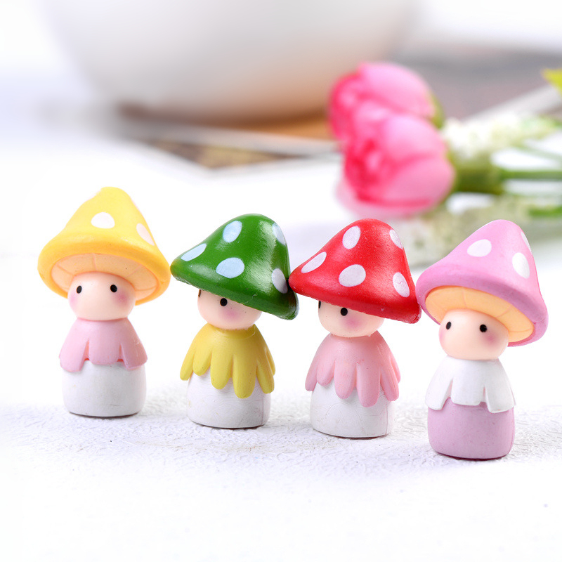 (4pcs/lot) Mushroom Mini Action Figure Gifts Doll Miniature Figurines Toys 3.5cm PVC Plactic Cute Lovely Anime 160614