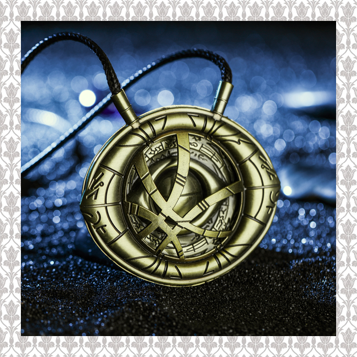 High Quantity Dr Doctor Strange Bronze Pendant Eye of Agamotto Necklace Cosplay Props Marvel DC Movie high quantity dr doctor strange bronze pendant eye of agamotto necklace cosplay props marvel dc movie