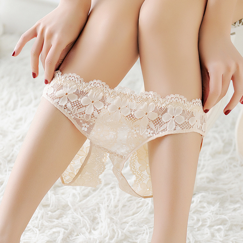 New Arrive Women Sexy Opening Crotch Panties Ladies Flower Lace Female Briefs Thongs G-string Lingerie Sexy Underwear