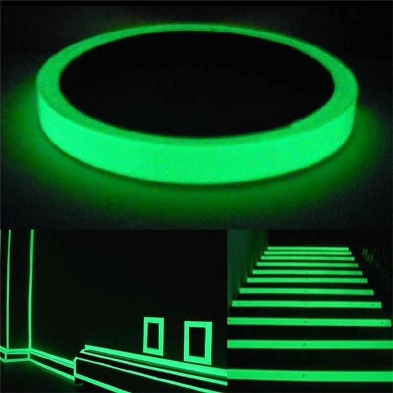 1 rotolo di Nastro Adesivo Nastro di PET Nastro di Avvertimento di Visione Notturna Luminosa Glow In Dark Night Vision Fluorescente Di Emergenza Autoadesivo Della Parete