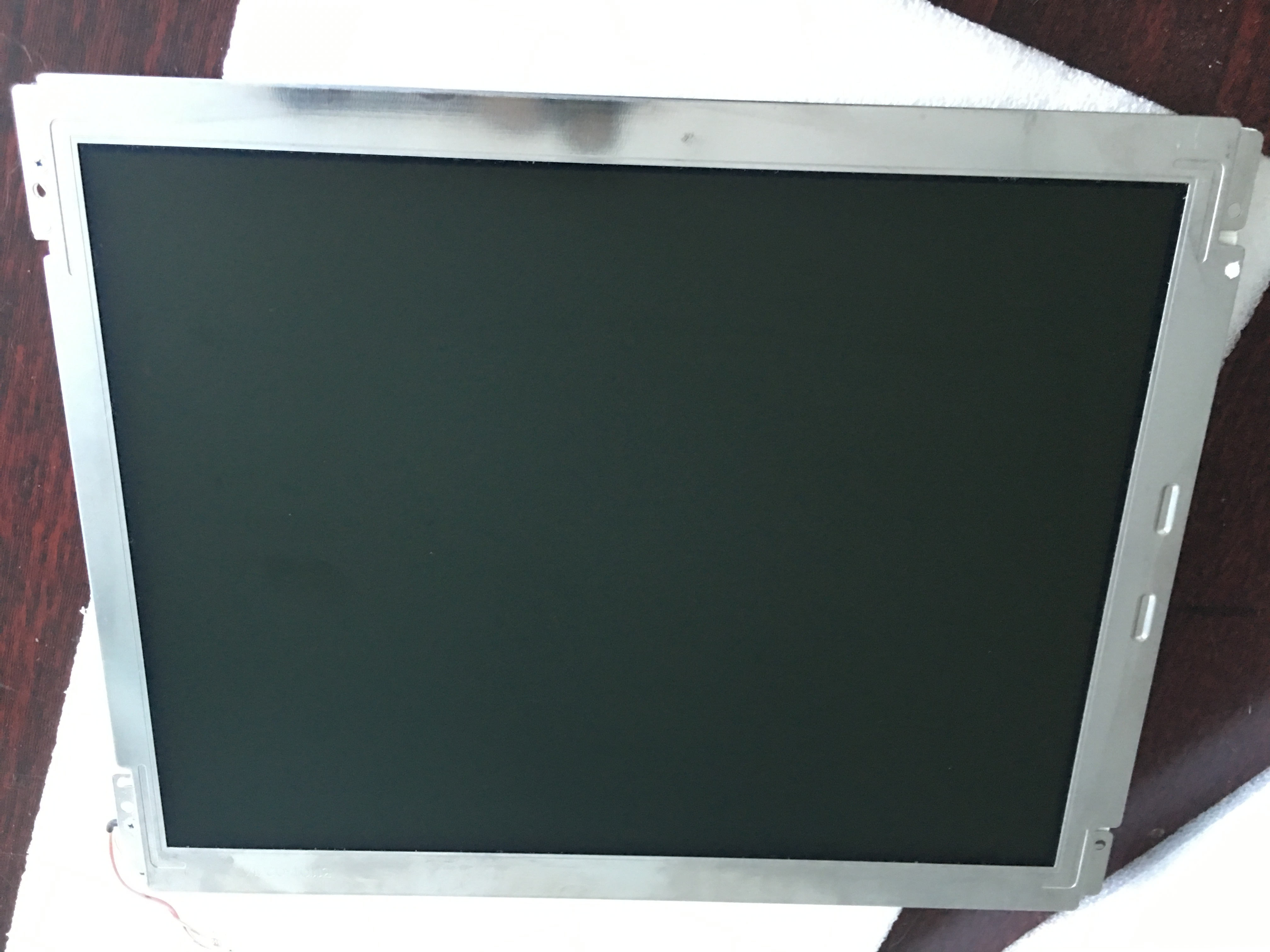 Industrial display LCD screen12.1 inch original authentic  LB121S03-TD01