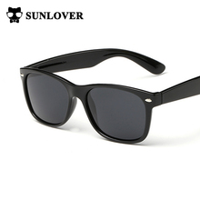 Drop Shipping Men Polarized Sunglasses Classic Designer Retro Rivet Shades Brand Designer Sun glasses UV400