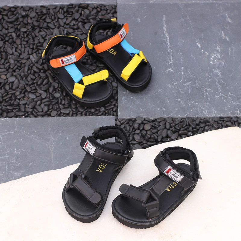 Color matching children sandals peep-toe boys girls soft bottom antiskid shoes in summer 2018 the new babys leisure shoes