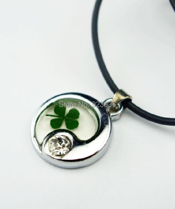 Free shipping trendy taichi real irish four leaf clover shamrock free shipping trendy taichi real irish four leaf clover shamrock pendant necklace lucky clover saint patricks day gift in pendant necklaces from jewelry aloadofball Images