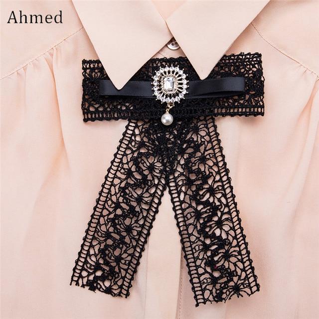 Ахмед Новый Дизайн 5 Цвета Кружево жемчуг кулон галстук-бабочка Броши для Для женщин очаровательные Украшенные стразами корсаж воротник ювелирные изделия