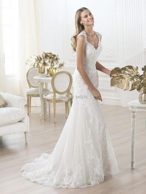 Sexy see-though back sleeveless Slim mermaid lace wedding dress vestidos de  noiva church western Royal bridal customize a13f430d9673