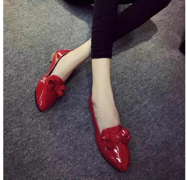 Korean version 2017 spring new women flat shoes pointed shallow mouth bow big red shoes shoes size 35-39shoes woman 2017 the new european american fashion horn bow pointed mouth shallow comfortable flat sheet metal red shoes tide size 35 41