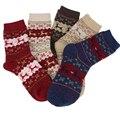 Venta caliente 5 pares de Dibujos Animados populares de Corea del Sur lindo de Navidad calcetines calientes gruesos de otoño e invierno calcetines calcetines de lana