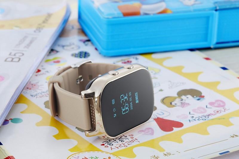 2016-GPS-tracker-watch-for-kids-child-gps-bracelet-google-map-sos-button-gps-bracelet-personal (1)