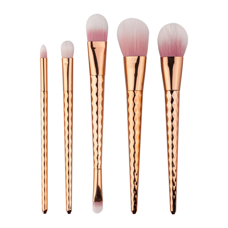 5pcs/set Rose Gold Makeup Brushes Soft Hair Eyelashes Eyeshadow Brush Beauty Tools Face Make Up Powder Brush Cleaner 2017 Hot 6pcs purple pink hair makeup brushes professional flat eyelashes eyeshadow brush cleaner eye make up eyeliner blusher face brush